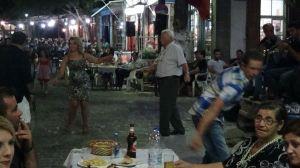 Το γλέντι στην πλατεία του χωριού (2η ημέρα)